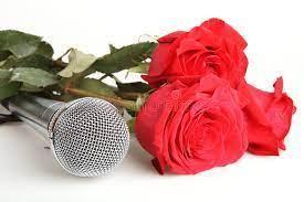 Microfono e rose